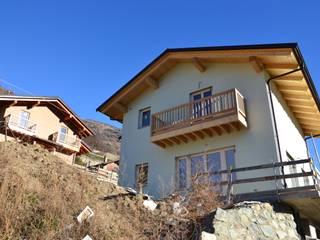 Eco Villaggio Arcadia in Bioedilizia ad Aosta (AO): Case in stile  di Arcadia Biocase - Casattiva +