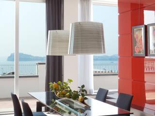 Sala da pranzo: Sala da pranzo in stile in stile Mediterraneo di PDV studio di progettazione
