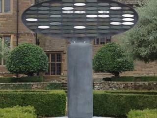 'Equilibrium' - Kinetic Sculpture: modern Garden by David Watkinson Sculpture