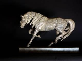 Dynamic: minimalist  by Gill Parker sculpture, Minimalist