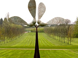 'Kinetic Seed Sculpture':  Clinics by David Watkinson Sculpture