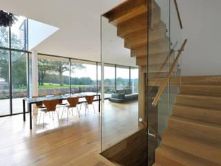 Carreg a Gwydr Comedores modernos de Hall + Bednarczyk Architects Moderno