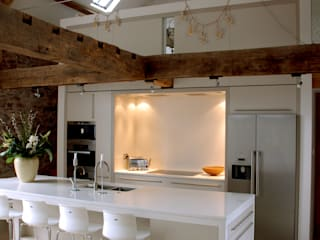 Coldbrook Farm, Monmouthshire Hall + Bednarczyk Architects Country style kitchen