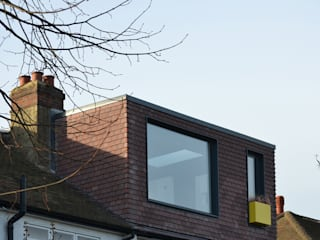 Broxholm Road - Exterior view of loft extension: modern Houses by Selencky///Parsons