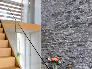 Llambetta House, Usk:  Corridor & hallway by Hall + Bednarczyk Architects