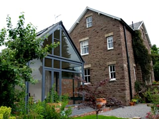 Orangery, Abergavenny Modern home by Hall + Bednarczyk Architects Modern