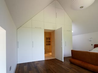 Quartos  por Hall + Bednarczyk Architects, Moderno