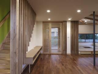 Modern living room by TAMAI ATELIER Modern