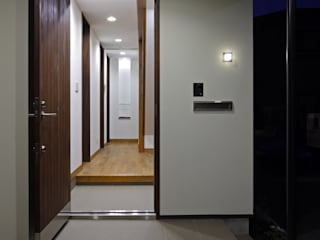 TAMAI ATELIER Modern windows & doors