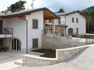 Studio Ing. Elisa Zubani Classic style houses