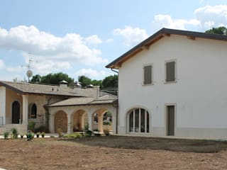 Classic style houses by Studio Ing. Elisa Zubani Classic