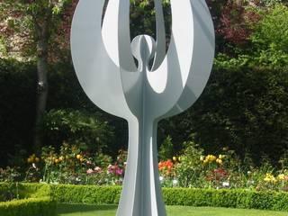 Angel Sculpture:  Garden by Pete Moorhouse Ltd