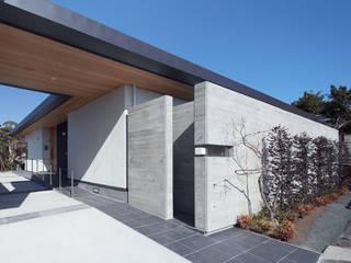エクステリア外観: ISDアーキテクト/一級建築士事務所が手掛けた家です。,