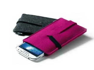 Babuschka | Handyhüllen aus Wollfilz oder Leder:   von dekoop GmbH