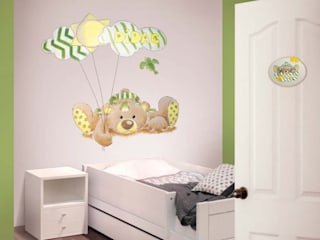 Nursery/kid's room by Murales Divinos, Modern