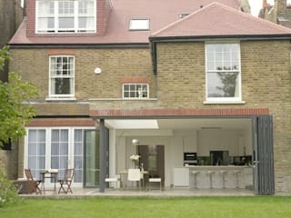 Suburban Family Home - Ealing Broadway, London Hugo Carter - SILENT WINDOWS Classic windows & doors