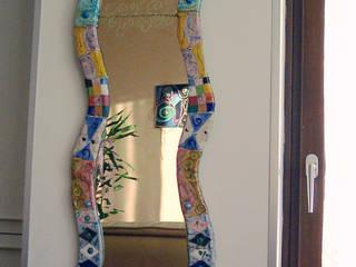 Specchio cm.40x120: Soggiorno in stile in stile Eclettico di Forgiatore di Elementi di Giuseppe Sautto