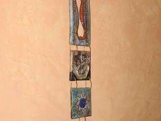 Formelle in ceramica Raku: Bagno in stile in stile Eclettico di Forgiatore di Elementi di Giuseppe Sautto