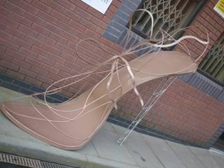 Giant Stilletoe Shoe: modern  by artinsteel, Modern