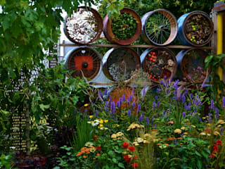 Urban arts garden for Metal Eclectic style event venues by Juniperhouse Eclectic