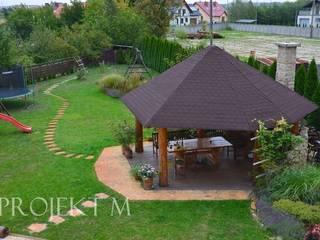Altany ogrodowe: styl , w kategorii  zaprojektowany przez Projekt M