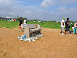 Eco Bench Competition - Biodiversity Park, Aravali Range Gurgaon: tropical  by Horizon Design Studio Pvt Ltd,Tropical