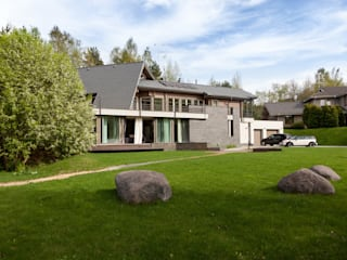 экстерьер дома в Токсово: Дома в . Автор – de.studio