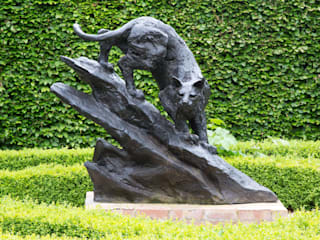 Garden Sculpture: classic  by Denton Arts Limited, Classic