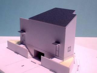 Casas de estilo  por OSM建築設計事務所,