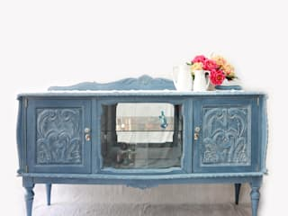 IronBug Lady Dining roomDressers & sideboards