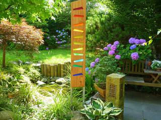 """Gartenskulptur """"Auriga"""" in Regenbogenfarben:   von Finke Die Gartenidee"""