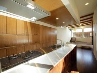 N-HOUSE: 建築デザイン工房kocochi空間が手掛けたキッチンです。