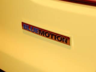 Beleuchtetes Sofa aus Golf VI Heckklappe : industriell  von Cultstyle Automöbel,Industrial
