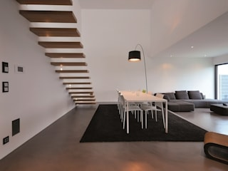 minimalistic Dining room by lc[a] la croix [architekten]
