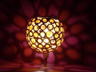 Veilleuse:  de style  par Amahe Luminaires Artistiques en Calebasse  (luminaire therapeutique)