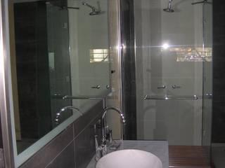 Remodelación de un baño super especial en Buenos Aires: Baños de estilo  por Laura Avila Arquitecta - Ciudad de Buenos Aires,Moderno