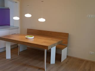 teamlutzenberger Minimalist dining room