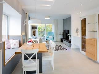 Столовая комната в колониальном стиле от FischerHaus GmbH & Co. KG Колониальный