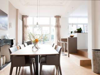Renovatie herenhuis te Den Haag Studiohecht Moderne eetkamers