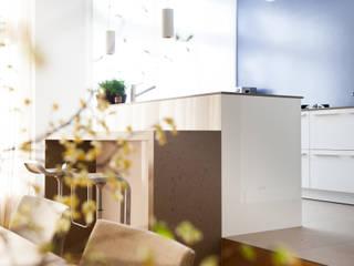 Renovatie herenhuis te Den Haag Moderne keukens van Studiohecht Modern