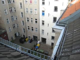 BU8+9 Fassade Innenhof vorher:   von STELLWERK architekten