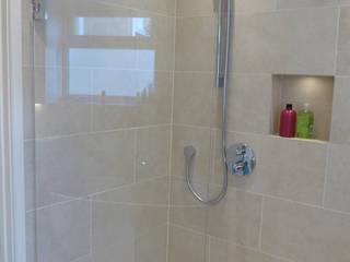 Bathrooms and En-Suites Style Within Moderne Badezimmer Keramik Beige