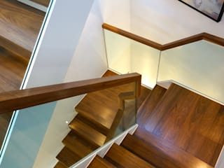 Banks Road, Sandbanks, Poole Modern Corridor, Hallway and Staircase by David James Architects & Partners Ltd Modern