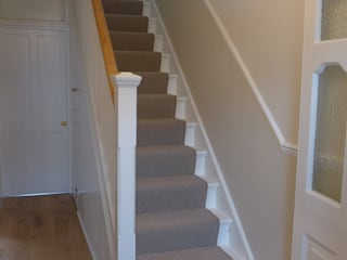 Halls Stairs and Landings Style Within Moderner Flur, Diele & Treppenhaus