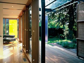 EFH im Effizienzhausstandard 60 Moderner Balkon, Veranda & Terrasse von HülsmannThiemeMinor Architekten Modern