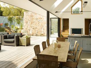 Cuisine de style  par CCD Architects