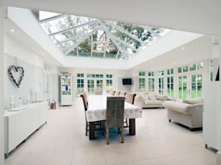Orangery and Kitchen Extension Salones de estilo moderno de ROCOCO Moderno