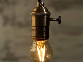 Vintage LED Light Bulbs: industrial  by William and Watson, Industrial