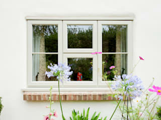 Uplifting and Refreshing a Home Modern windows & doors by ROCOCO Modern