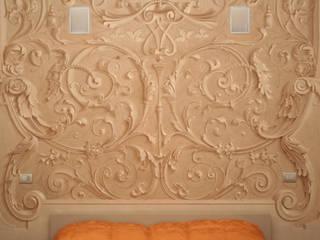 dettaglio decorazione nicchia:  in stile  di Fabio Prati